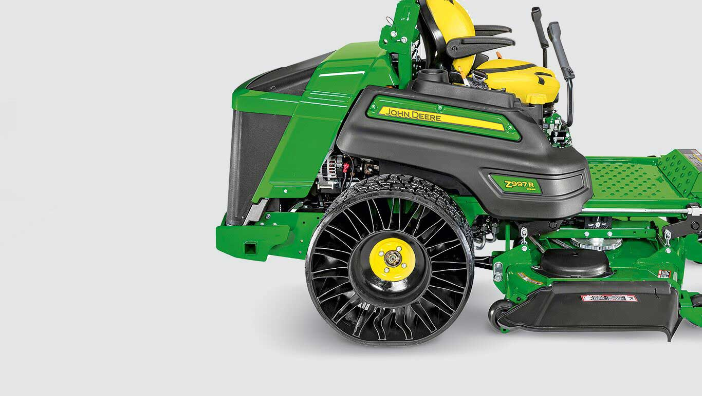 Commercial Mowing Zero-Turn Mowers Z900R Series Z994R Tweels