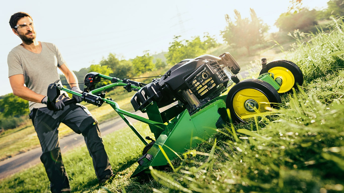 C52KS, Commercial Mowing, Walk Behind Mowers
