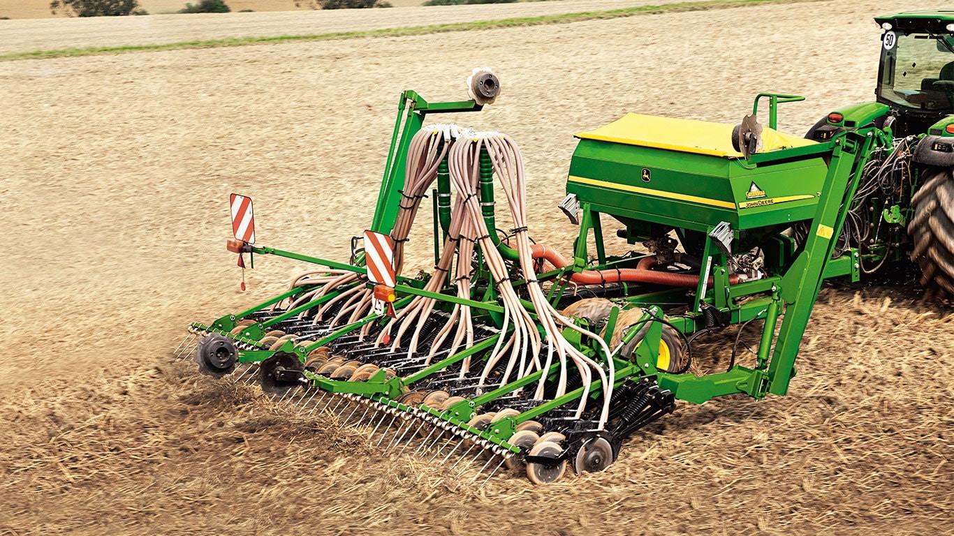 740A double disc pneumatic mulch drill