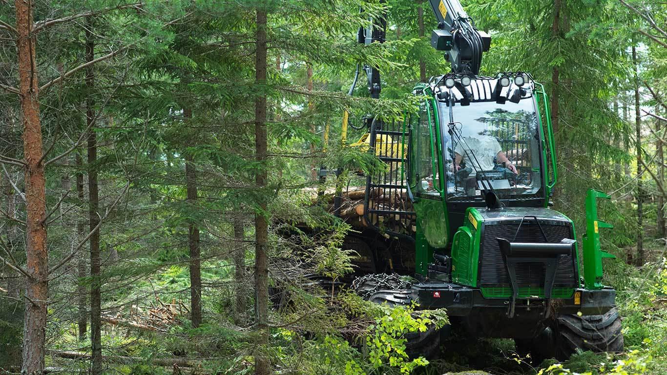 Begagnade skogsmaskiner hittar du på MachineFinder