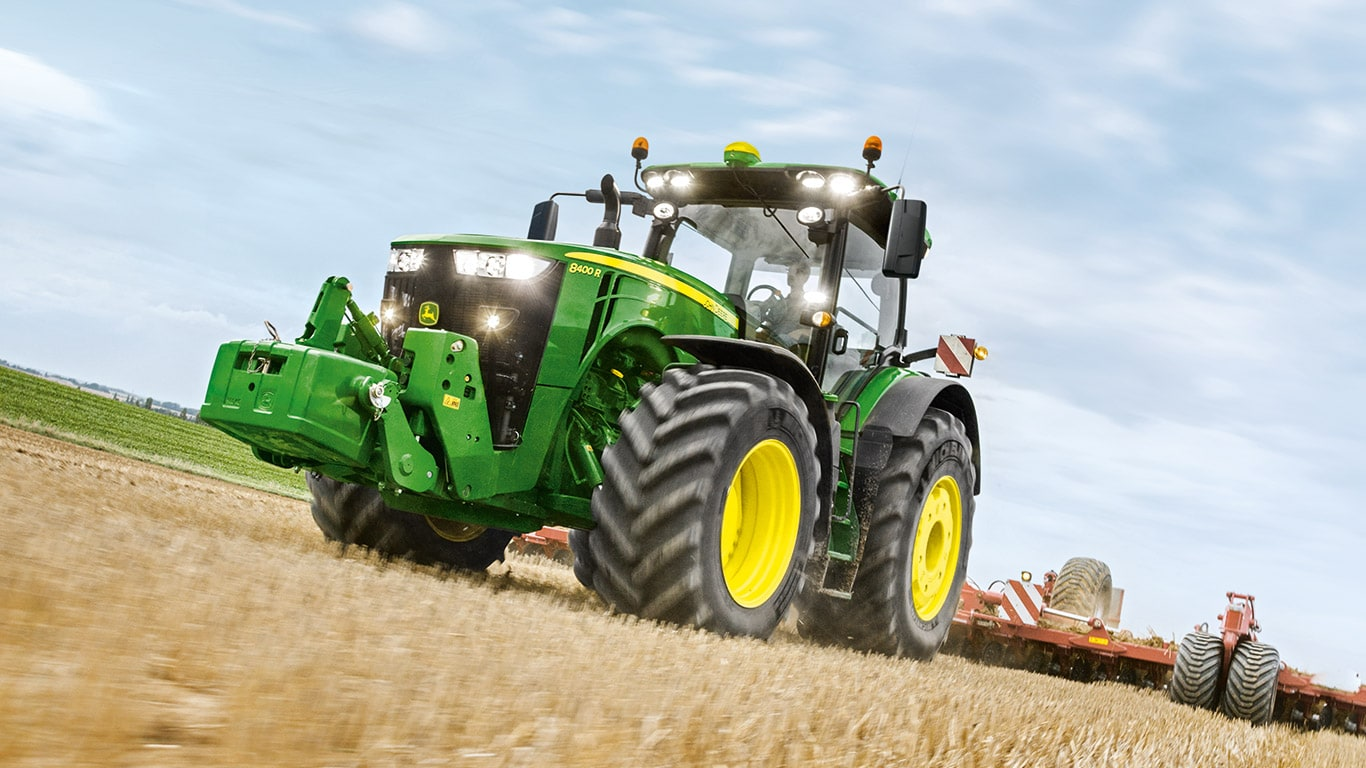 8R/8RT Series of large farm tractors by John Deere